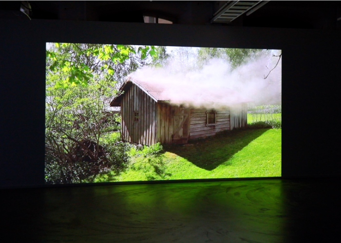 Saunassa Syntyneet – Video Installations